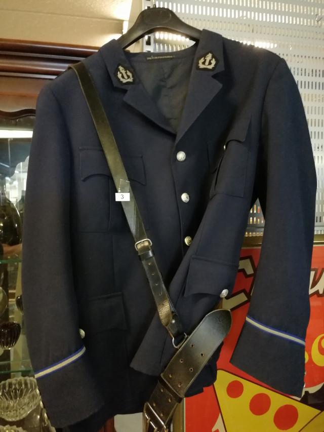 Virkapuvun takki ja vyö