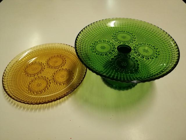 Grapponia lautanen ja kakkulautanen