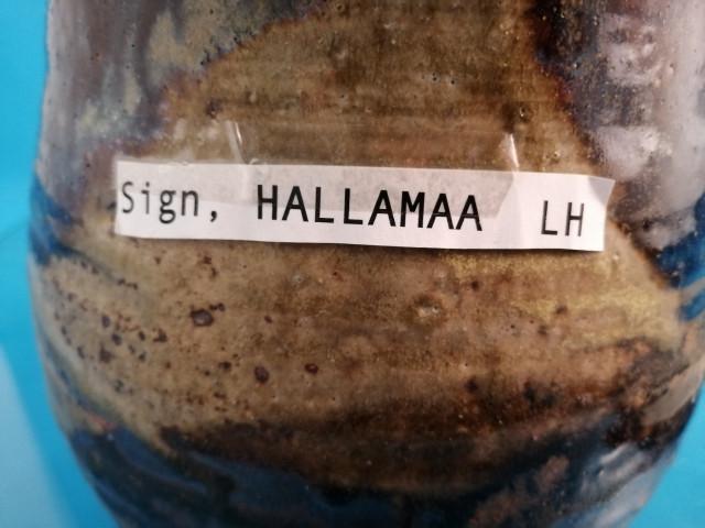 Maljakko signeerattu Hallamaa LH