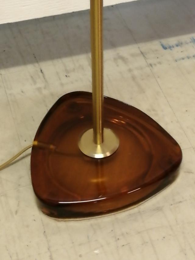 Ruotsalainen Jalkalamppu paksulla lasijalalla