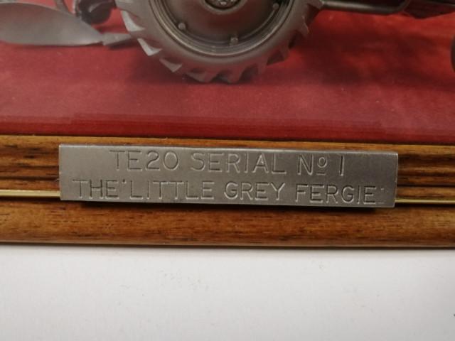 Ferguson Traktorin pienoismalli nro. 1