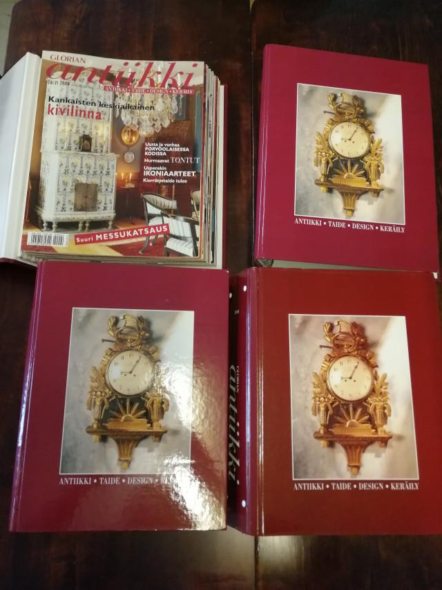 Glorian Antiikin lehtiä