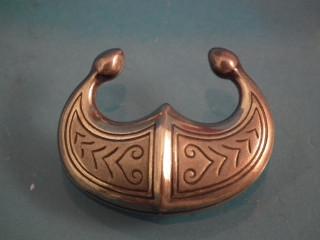 Kalevala Koru hopeinen rintasolki
