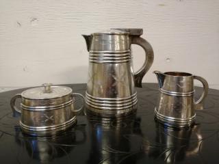 Hopeinen Kahvikannu ja Sokerikko ja Kermakko Russia Silver