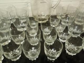 Riihimäen Lasin laseja