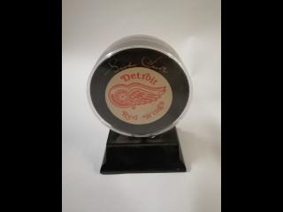 Gordie Howe Detroit Red Wings kiekko