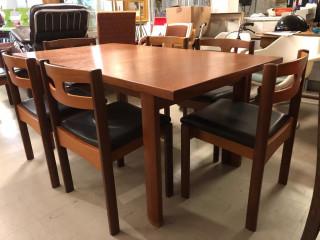 Asko pöytä ja tuolit 8kpl  1960 luvulta