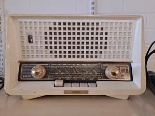 Vanha Radio täysin toimiva
