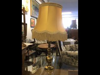 Pöytälamppu 1950 lukua
